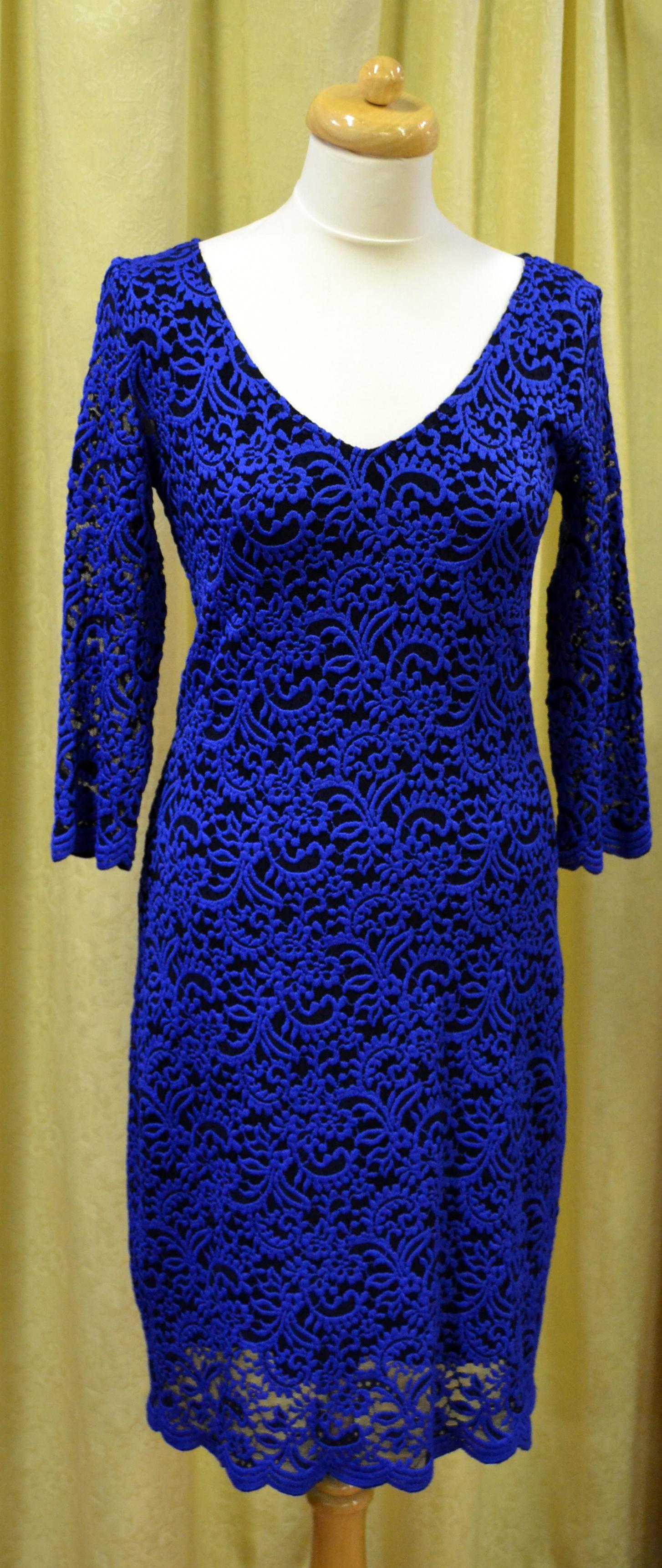 Večerní (plesové) šaty - Společenská konfekce Vsetín 7e2e4f5d0f